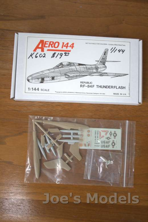 1/144 REPUBLIC RF-84F THUNDERFLASH KIT